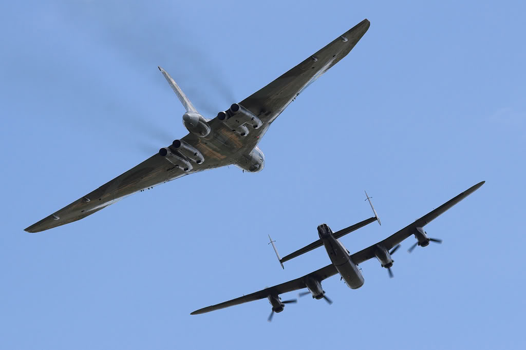 Aviation Feature – Bill Ramsey on leading the Vulcan and Lancaster formation